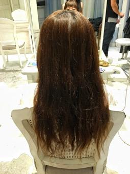 広がる髪の毛…原因は傷み?くせ?もしかして少し前にかけたパーマでは?