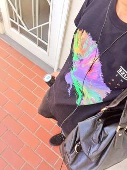 いつものファッションとお気に入りのTシャツ♪