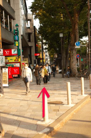 lilyへ原宿駅からのアクセス03