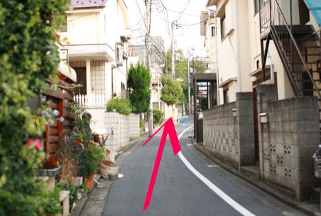 lilyへ原宿駅からのアクセス12