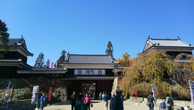 秋と言えば紅葉、真田幸村ブーム!?上田城跡
