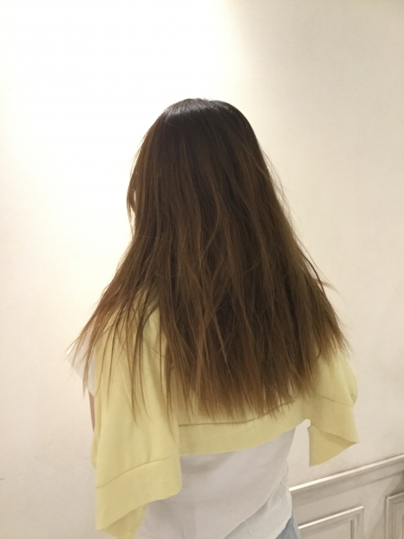 ブリーチを繰り返したハイダメージヘア【二回目の髪質改善でさらに髪密度をアップ!】