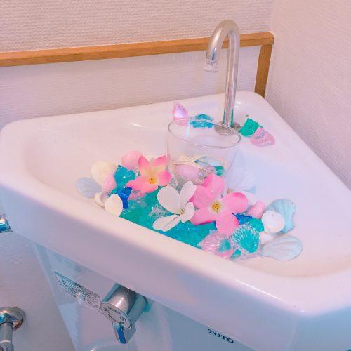 100均のアイテムで自宅のトイレを可愛くアレンジする方法