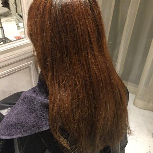 枝毛がひどいのですが、毛先を切る以外に対策はありますか?