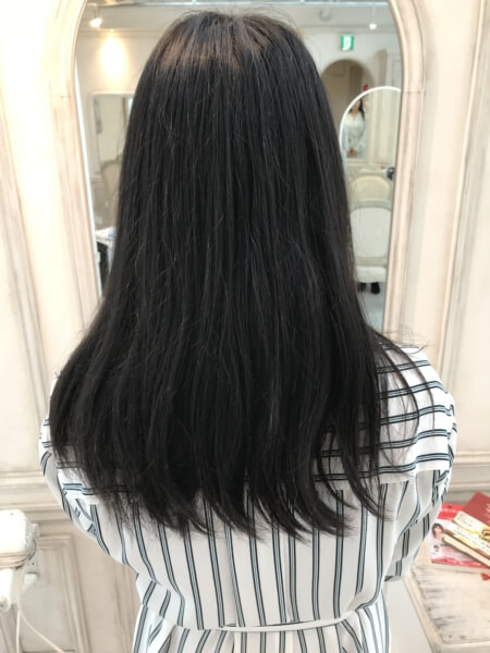 【パサつき、広がり、静電気、フケ】秋冬の髪のトラブルの原因は?どう対策すればいい?