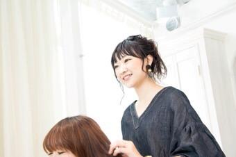 宮原幸恵、美容師、Lily、表参道、美容室、美容院、リリィ、宮原 美容師、女性カリスマ美容師、女性美容師、